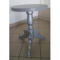 Stolik okrągły, na jednej nodze toczonej, srebrny