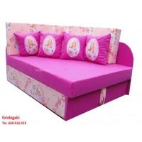Tapczanik Barbi 4 poduszki dla dziewczynki