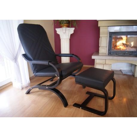 Komplet fotel finka z podnóżkiem